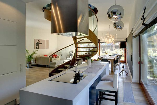 Charming House in Warsaw 4
