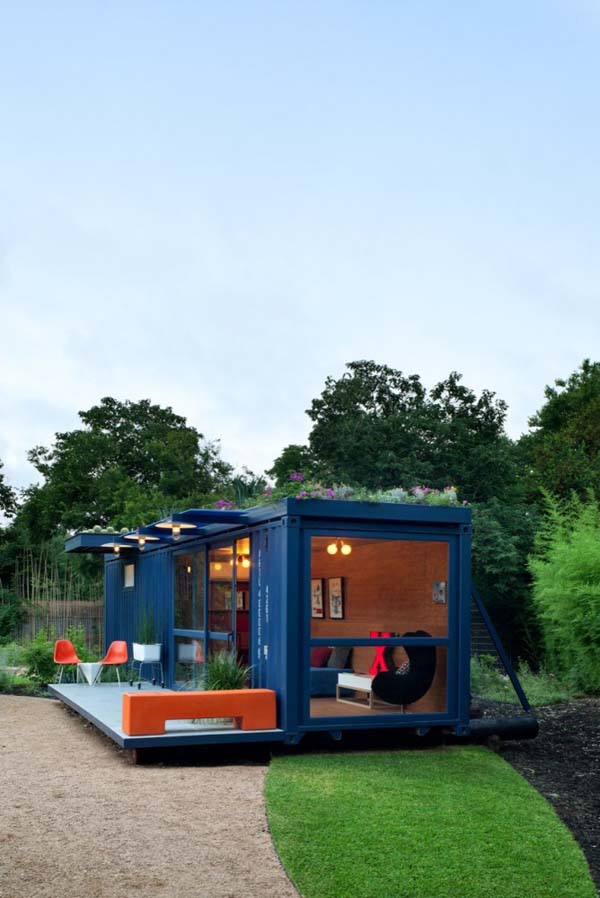 Container Guest House (11)