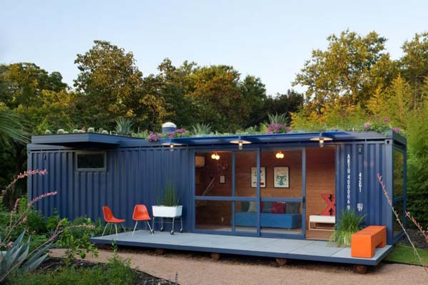 Container Guest House (14)