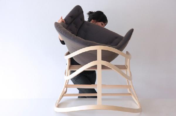 Dancing Chair (3)