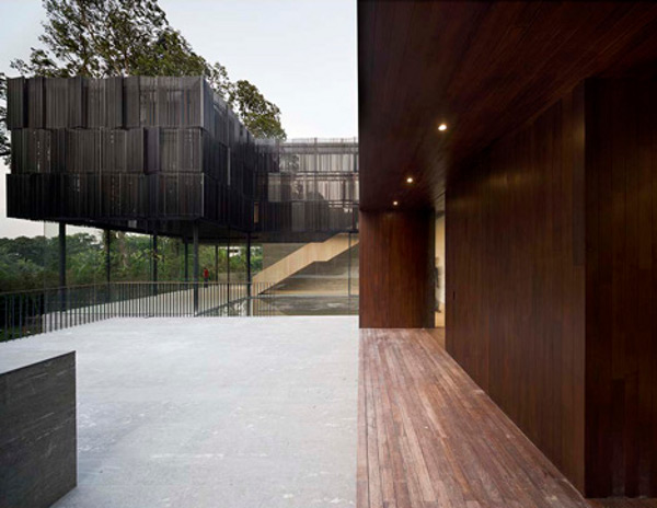 Overlapping Land-House by Neri&Hu 7