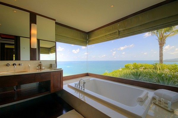 Thai Luxury Seaside Villa – bathroom with amazing views