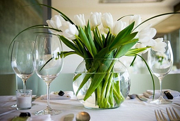 tulip dining table centerpiece