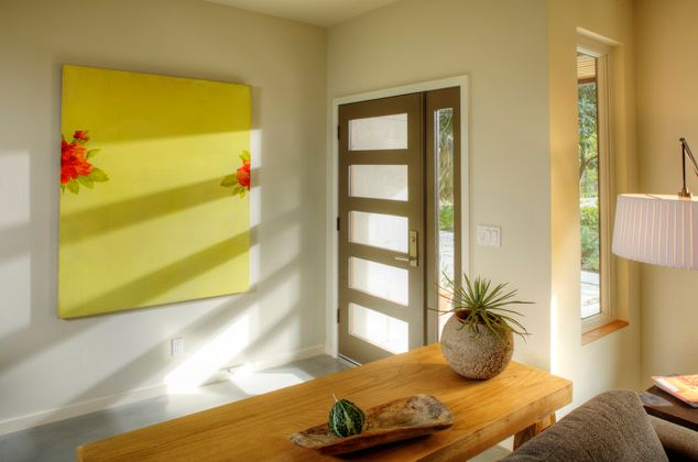 Simple and beautiful open entryway design idea