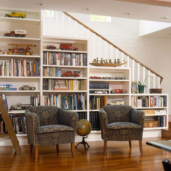 Ergonomic home library under the stairs