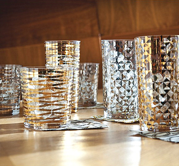 Drinking glasses with gold and silver details