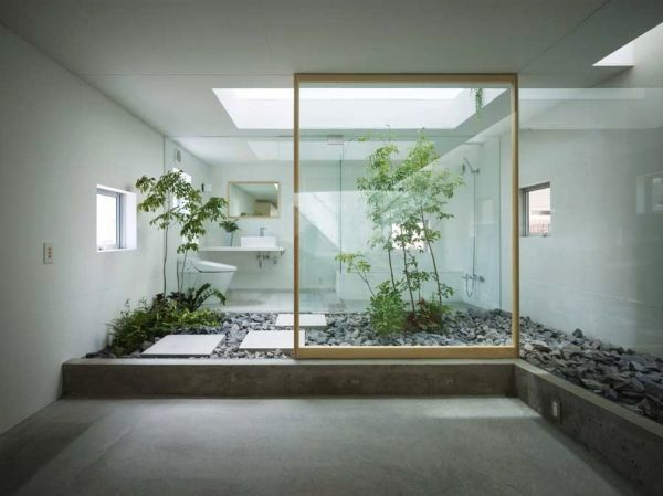 Gorgeous zen styled Japanese bath in glass and stone