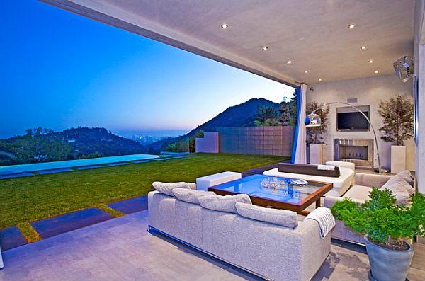 comfy contemporary patio design idea