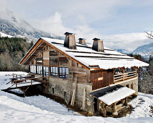 Modern Chalet in Megeve covered in snow