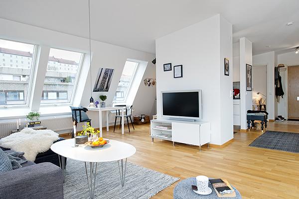 white attic apartment – scandinavian style