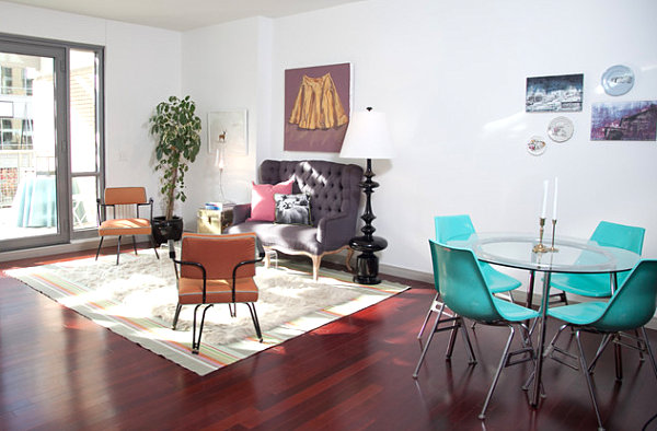Colorful scaled-down living room