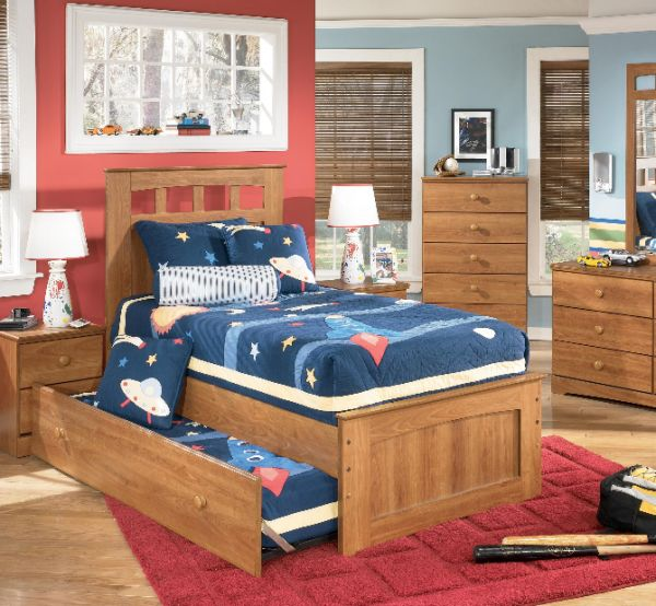 Sports themed kids bedroom with a exquisite trundle bed