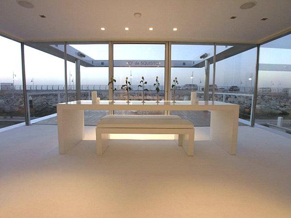 Elegant houseboat dining area