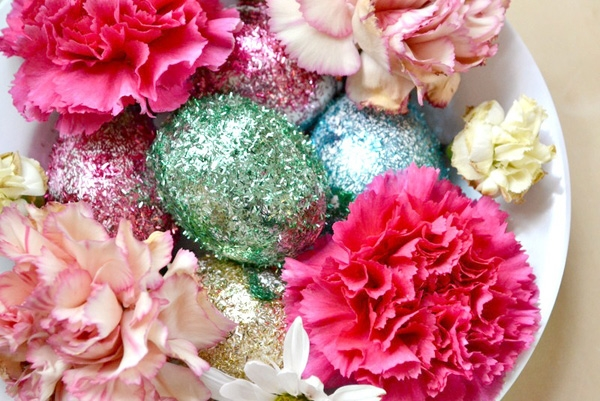 Glittery floral Easter centerpiece