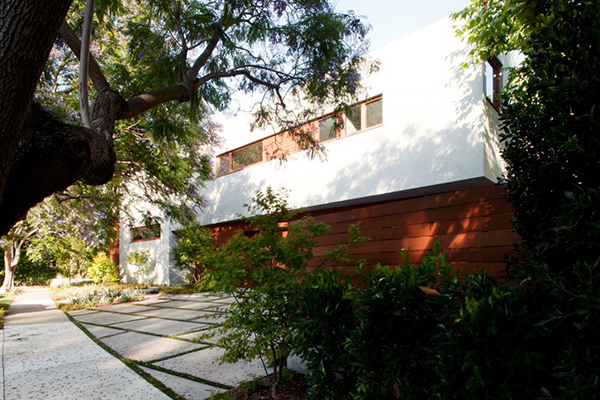 Los Angeles Residence – concrete alleys