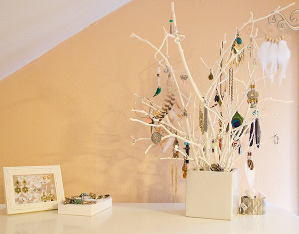 DIY Jewelry Organizer – Jewelry Tree2
