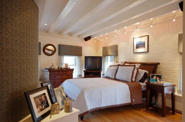 Gorgeous track lighting for contemporary bedroom