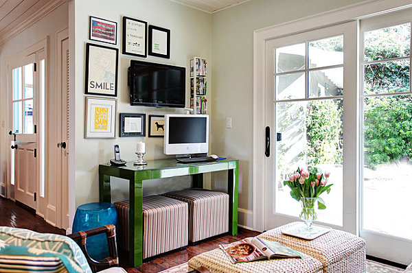 Green lacquered console table