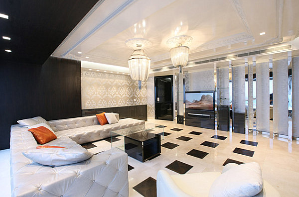 Luxurious space with lacquered furnishings