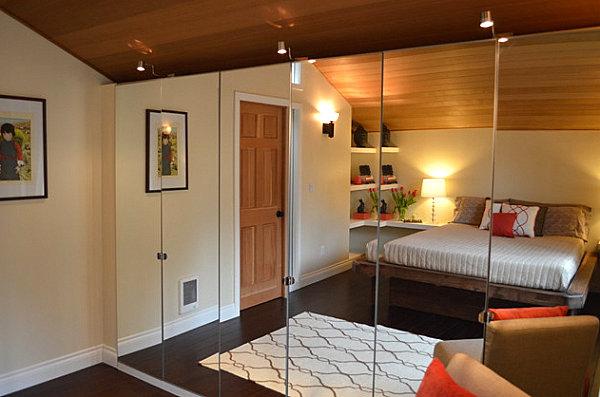 The clean look of mirrored closet doors