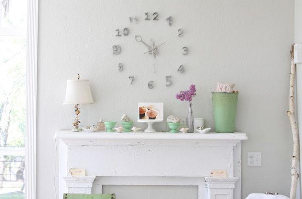 Elegant clock looks more like an art installation