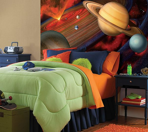 National Geographic kids mural makes a brilliant backdrop
