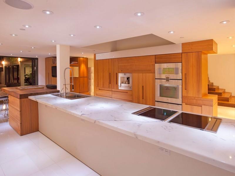 luxurious beverly hills kitchen