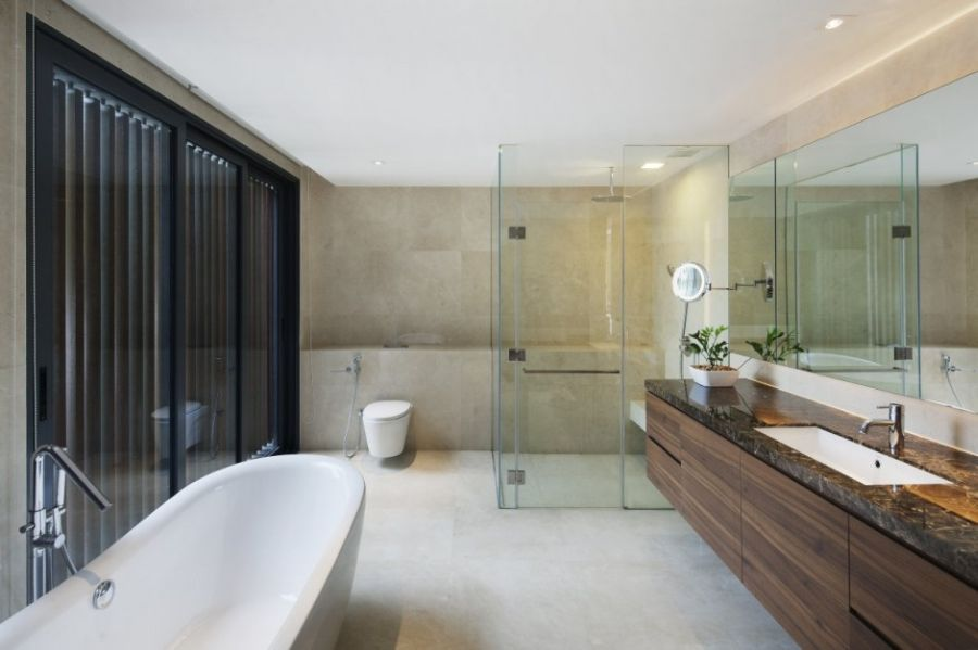 Glass shower area in the bathroom