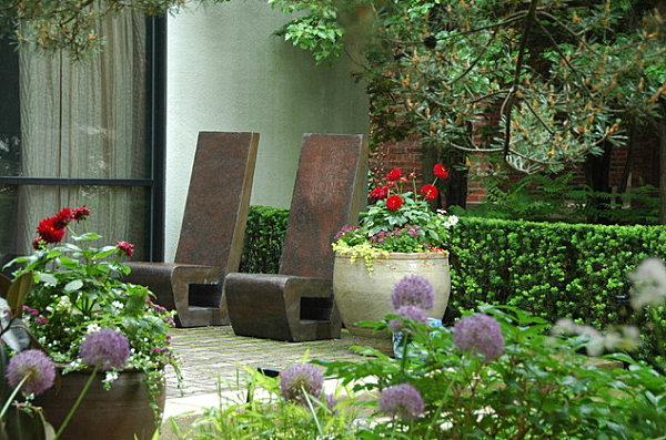 Sculptural outdoor chairs