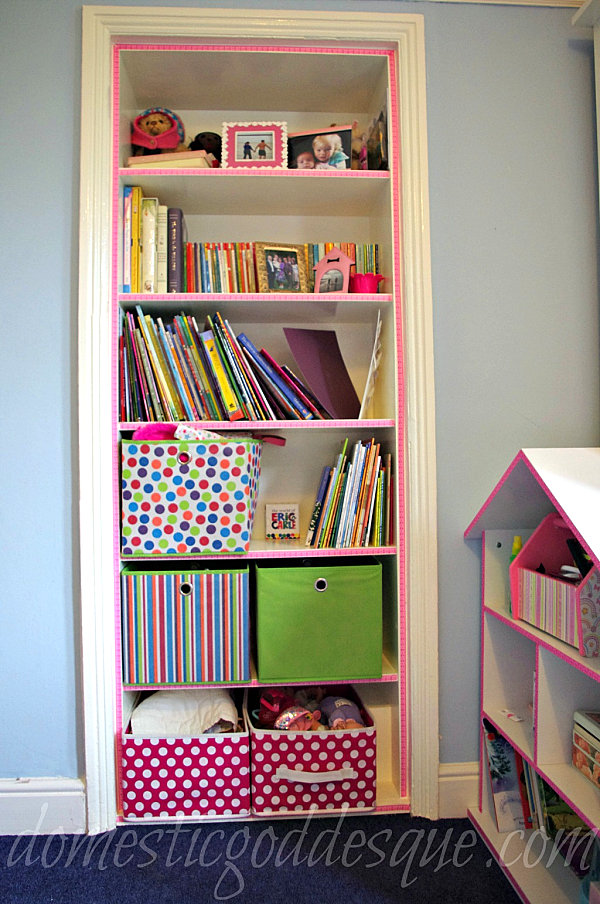Washi tape bookshelf makeover