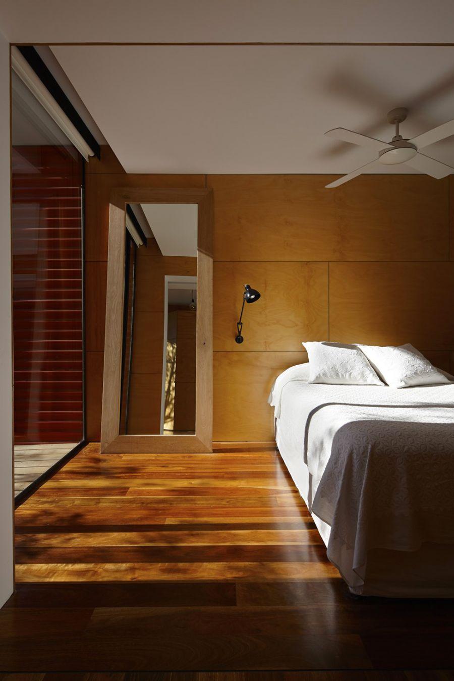 Sconce lighting in the bedroom