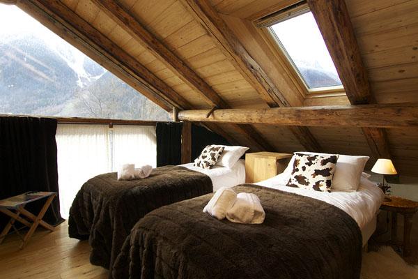 Rustic Bedrooms Decoist (18)