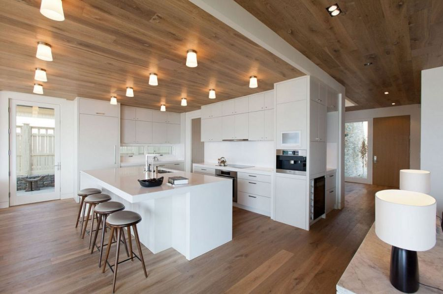Stylish recessed lighting in the kitchen