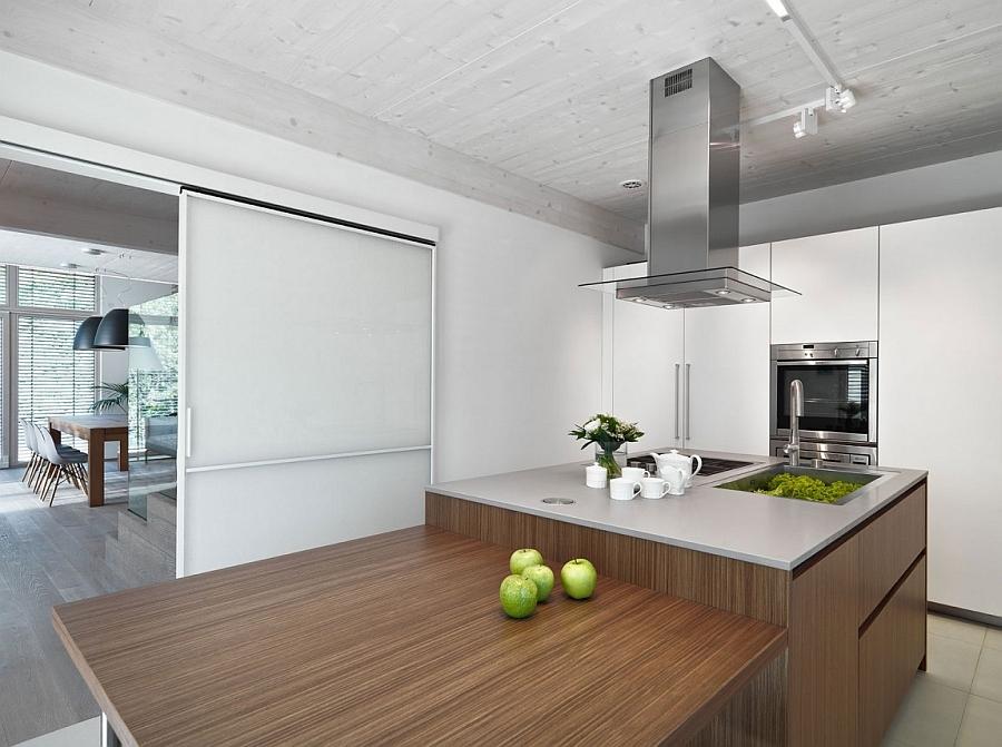 Gorgeous two-level kitchen island design