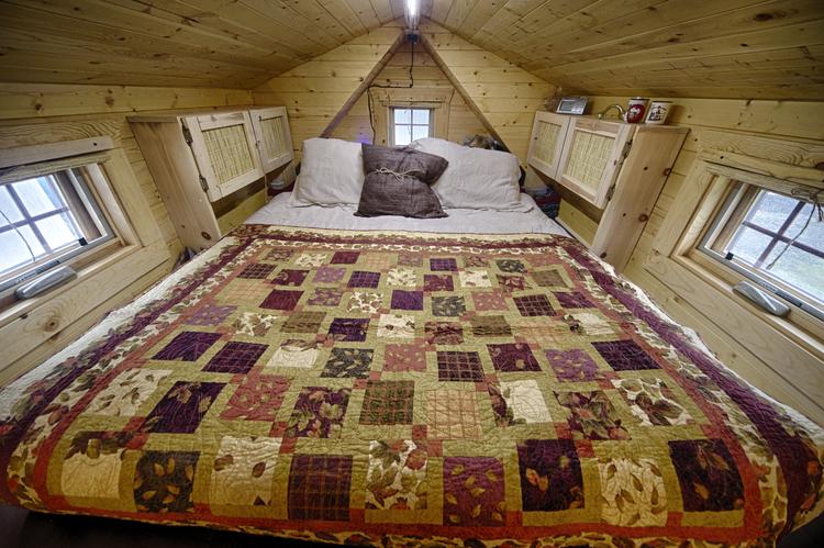 Loft bed idea for tiny homes
