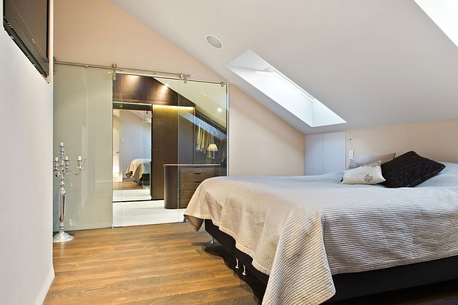 Skylight ushers in ventilation to the ensuite bedroom