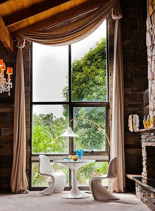 large window breakfast table