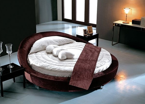 Add a touch of romance to the bedroom with the round bed