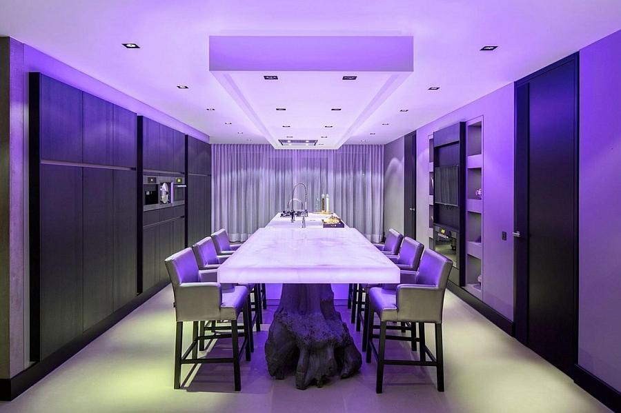 Brilliantly illuminated kitchen and dining room