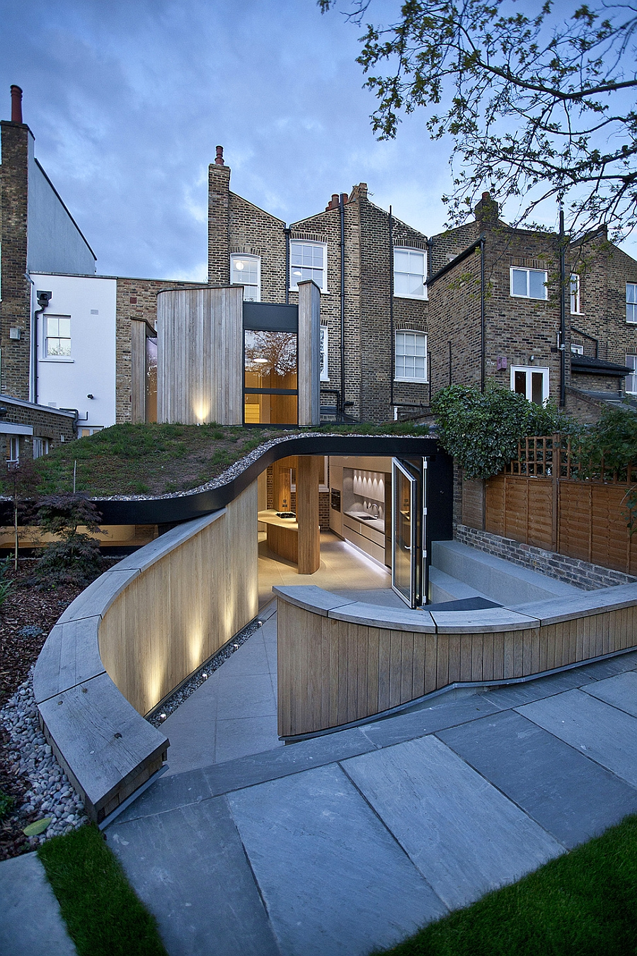 Modern extension to Victorian House in London