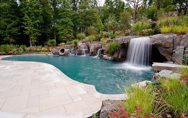 Peaceful pool retreat in New York