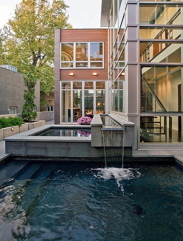 Stunning pool design for the stylish modern residence