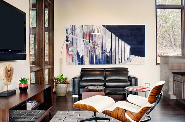 The Eames Lounger never goes out of style!