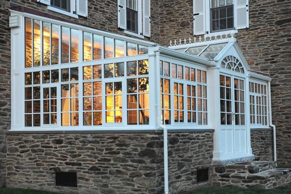 Craftsman Green house porch 3
