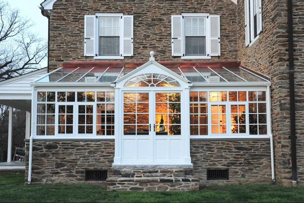 Craftsman Green house porch 4