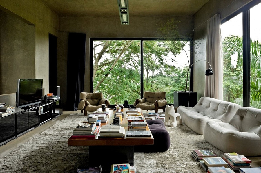 Living room of the cool Brazilian residence