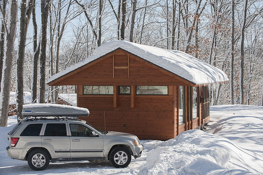 Small, modular home in winter