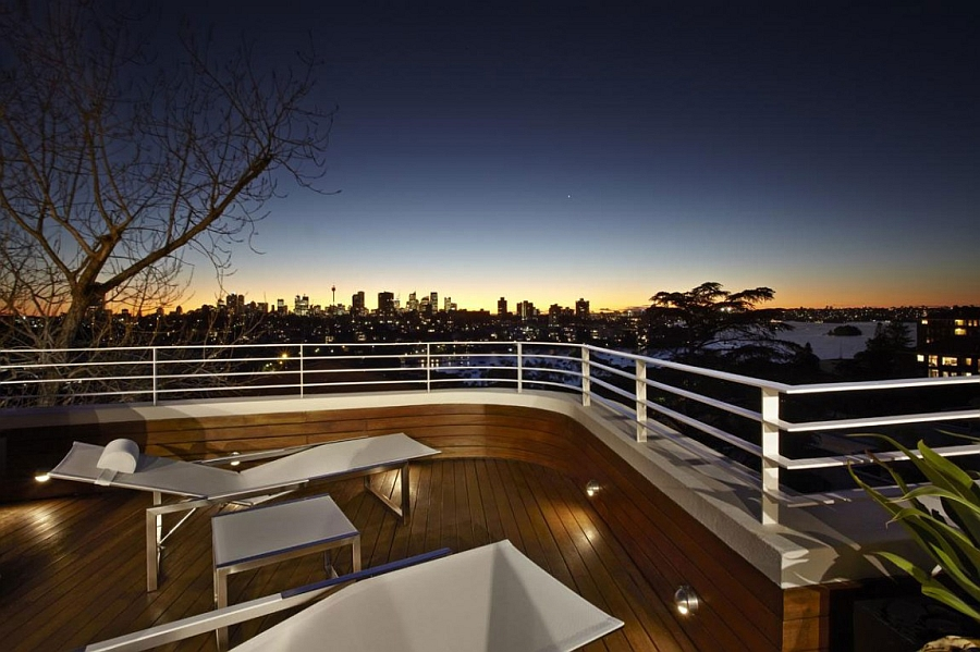 Stunning view of Sydney city skyline from the deck