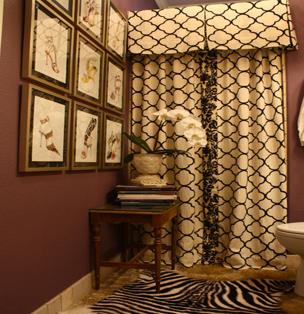 Add some geometric pattern to the bathroom