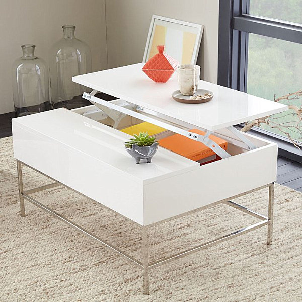 Lacquered coffee table with storage